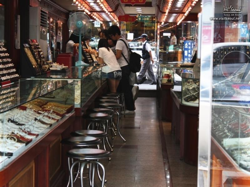 Jongno Jewelry Shopping Street _1