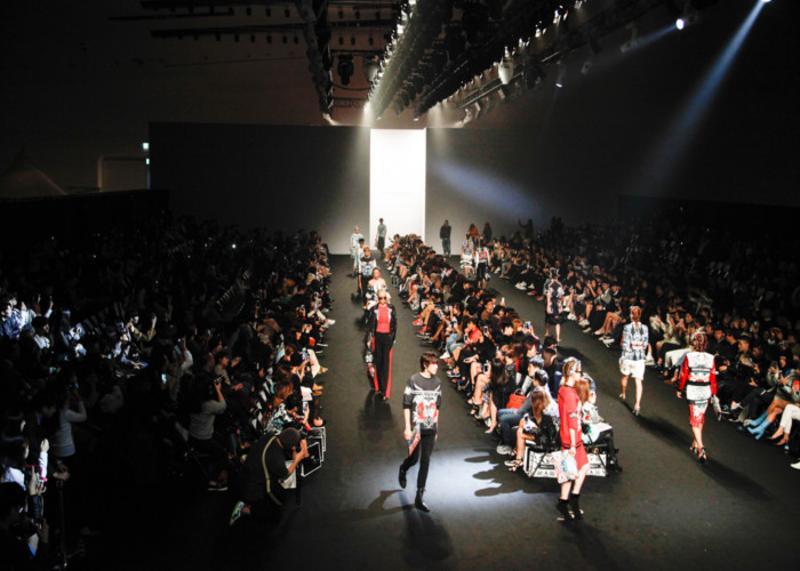 Tickets To Seoul Fashion Week