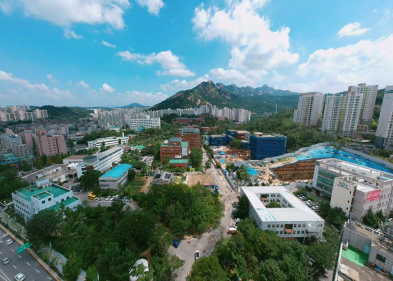 Photographs of Seoul Innovation Park in full view