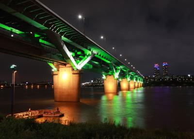 The 18 Sparkling Bridges of the Han River